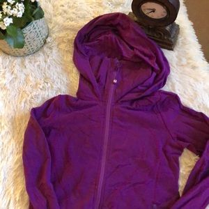 Lululemon size 2 jacket in loved condition